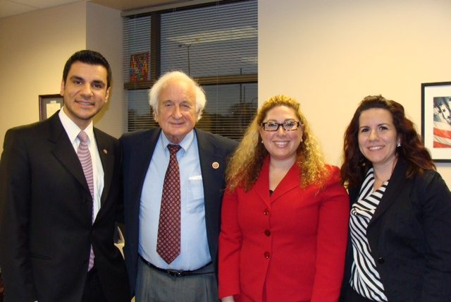 Rep. Sander Levin (D-9) discusses a broad range of issues with ANC of Michigan activists (L-R) Hovig Kouyoumdjian, Lara Nercessian, and Dzovinar Hamakorzian on Nov. 5.